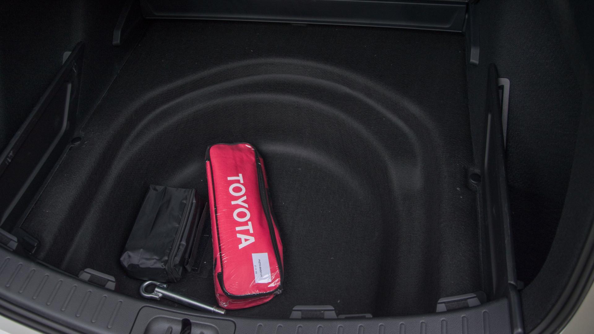 Dvojité dno zavazadlového prostoru