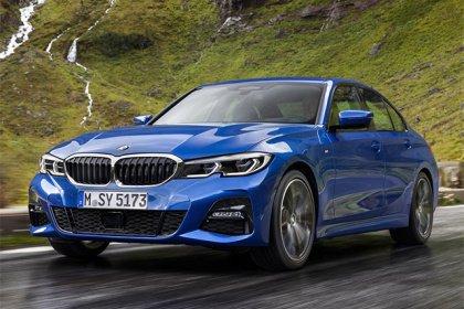 BMW 3 Sedan 320 d xDrive AT Sport Základní výbava